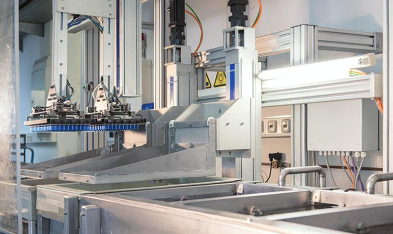 Glas-Plus Automatische Beschichtungsanlage für Glaskörper
